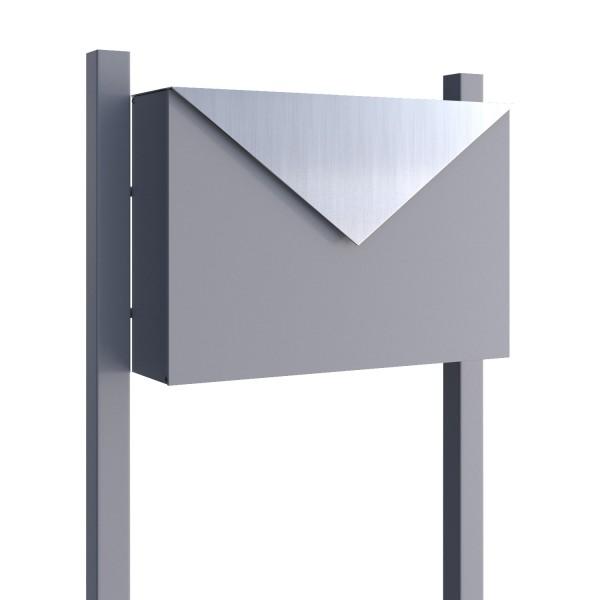 Wolnostojąca skrzynka na listy Letter szara metaliczna z klapą ze stali szlachetnej